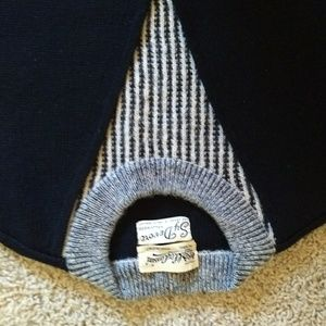 Vintage Sweaters - Vintage Oleg Cassini 100%Wool Sweater